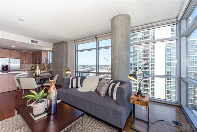 800 The Mark Ln 1605 Downtown San Diego Ca 2 Beds 2bath 1126 Sq Ft Condominiumbuilt In 2007 S Condo Design Downtown Apartment Condo Decorating