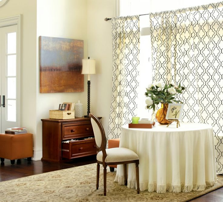 25 Beautiful Neutral Dining Room Designs: Simple, Neutral Dining Room Nook With Patterned Curtains