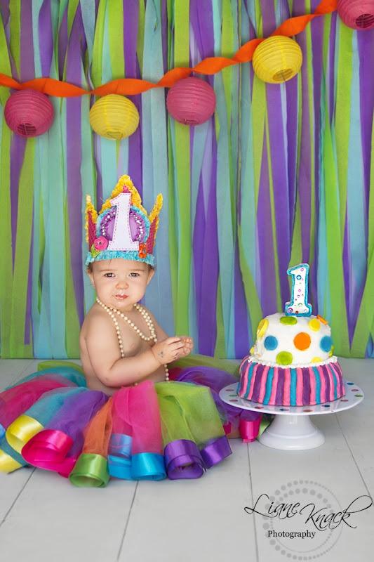 Cake smash girl...lots of color.