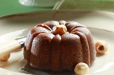 Χαλβάς με σοκολάτα και φουντούκια νηστίσιμος. Ένα υπέροχο γλυκό για τις ημέρες της νηστείας και όχι μόνο, που σίγουρα θα σας εντυπωσιάσει με την υπέροχη σι