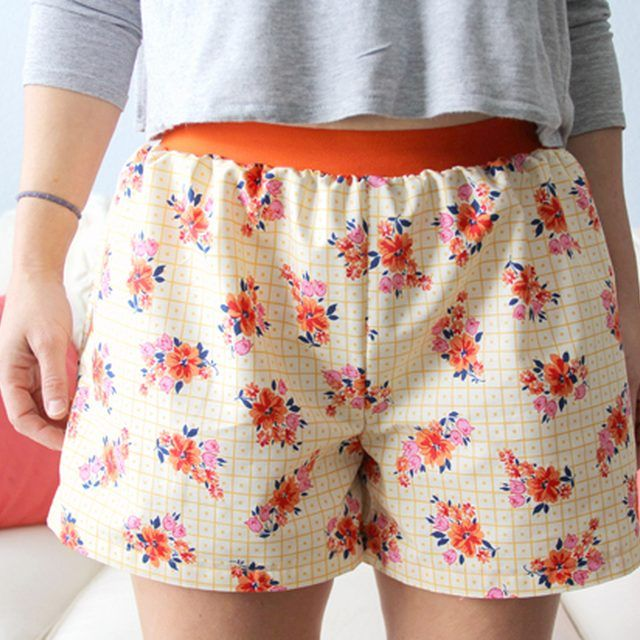 How to make easy women's boxer shorts (with the free printable pattern).