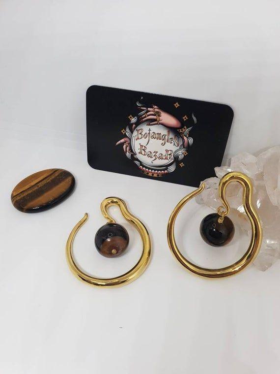Macram\u00e9 pendant with a tiger eye and a natural quartz crystal Tiger Eye and Quartz