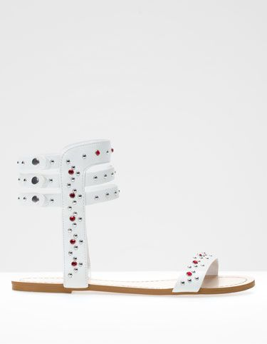 Zapatos de Stradivarius catalogo verano 2013