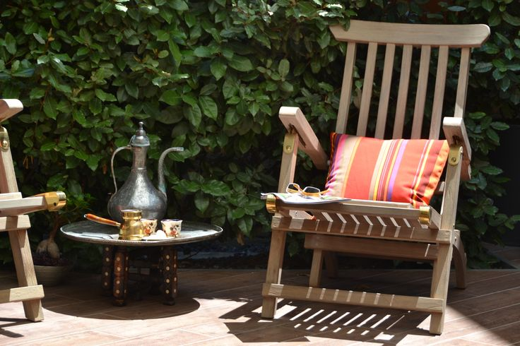 EXCLUSIVE SUITES BOUTIQUE HOTEL. MEDIEVAL TOWN, RHODES, GREECE.- Cool garden. Greek coffee and loukoumi. - kokkiniporta.com
