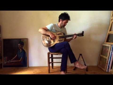Piers Faccini - Impro 'Guitars & quarter tones' (I Dreamed an Island - Making-of) - Tronnixx in Stock - http://www.amazon.com/dp/B015MQEF2K - http://audio.tronnixx.com/uncategorized/piers-faccini-impro-guitars-quarter-tones-i-dreamed-an-island-making-of/