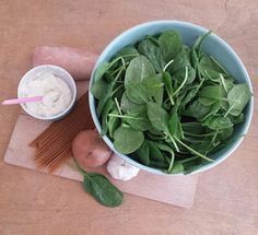 Spinazie - kip - kipfilet - pasta - recept - gezond - makkelijk - ui - knoflook - kruidenkaas