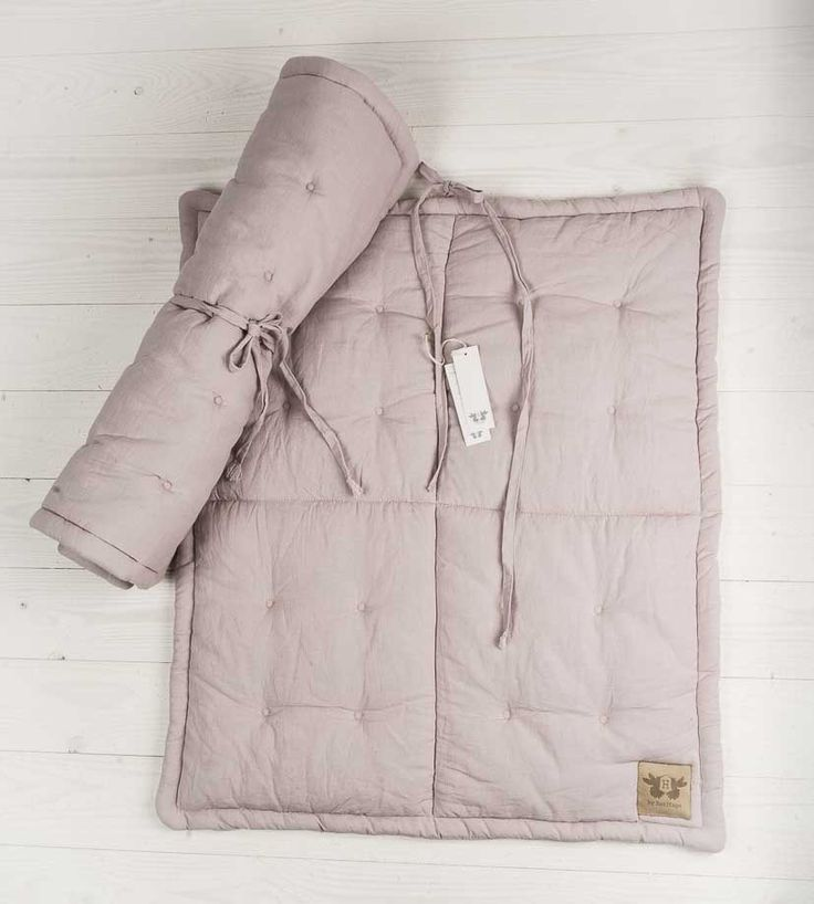 By heritage small playingmat in dull pink. Bring it on the go!