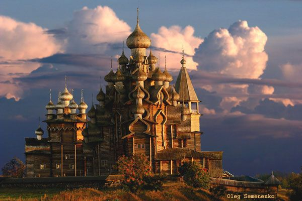 Splendour of Russian Wooden Architecture