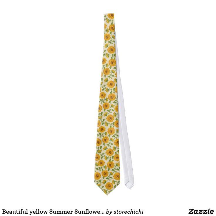 Beautiful yellow Summer Sunflowers pattern.