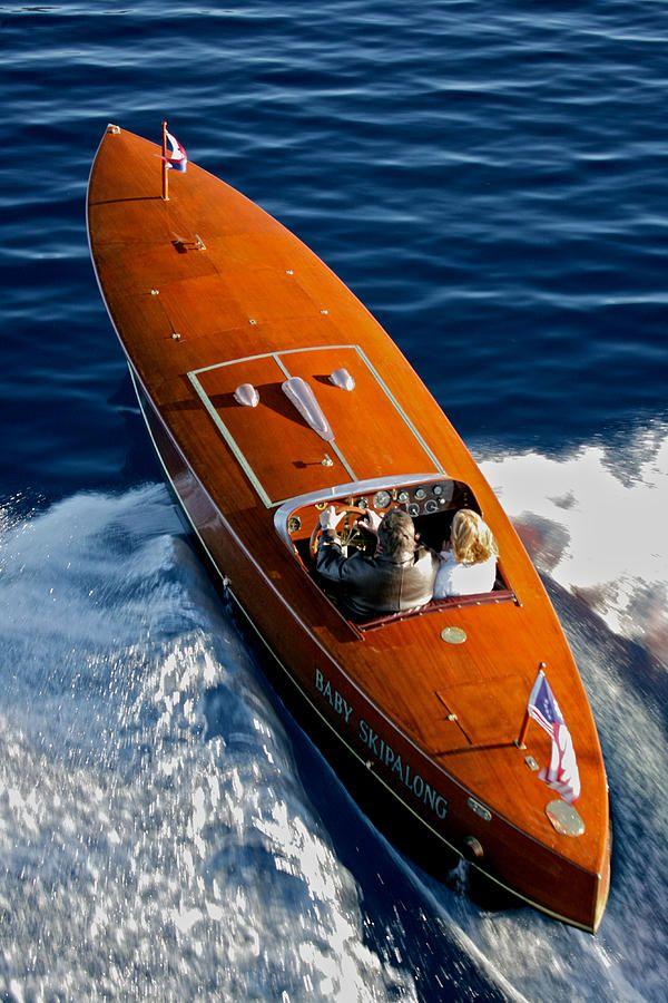 #seabuddy re-pin  #classicwoodboat  race boat
