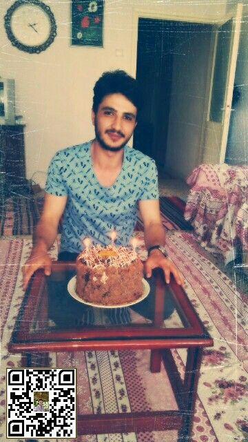 Erken Kutlanan Doğum Günü Yiğenim Ve Ben. Ben 18 Haziran O 19 Haziran...Neden Mi Erken?E Artık Evlerine İstanbul'a Gidiyorlar...Vakit Geldi...İyi Ki Doğduk...