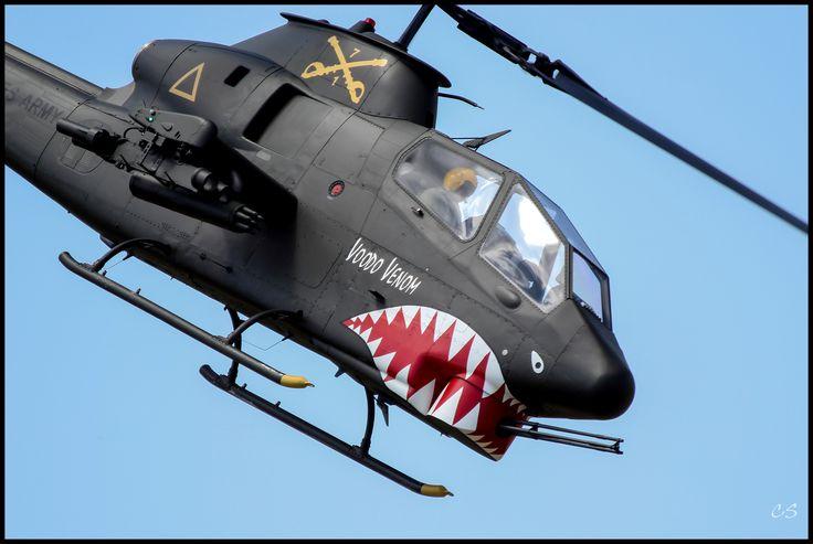 https://flic.kr/p/feehaG | Bell AH-1 Cobra | Bell AH-1 Cobra at the 2013 Tacoma Freedom Fair Wings & Wheels