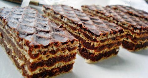 Avem nevoie de urmatoarele ingrediente: -200 gr unt -350 gr biscuiti -250 gr zahar tos -250 gr nuca macinata -5 linguri cacao -250...