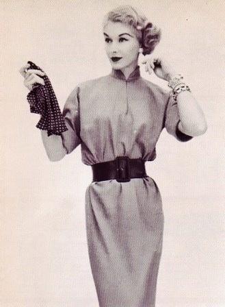 Chemise dress 1950s style