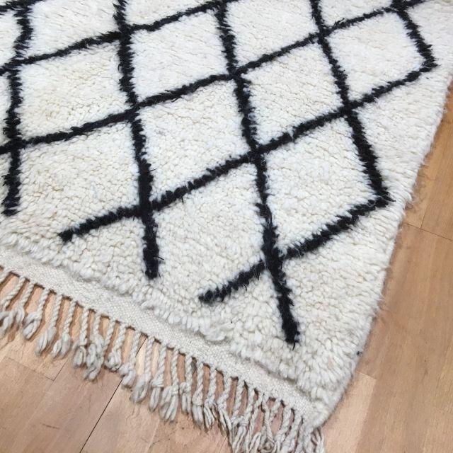 14982 Beni Ourain 160 x 100 cm Berber Teppich Marokko Weiß Schwarz