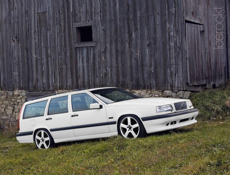 VWVortex.com - The Volvo wagon picture thread.