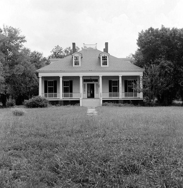 Bagatelle Plantation House, Donaldsonville, Louisiana 1977 DISTANT WEST (FRONT) ELEVATION