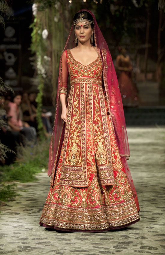 Tarun Tahiliani Couture Collection 2012