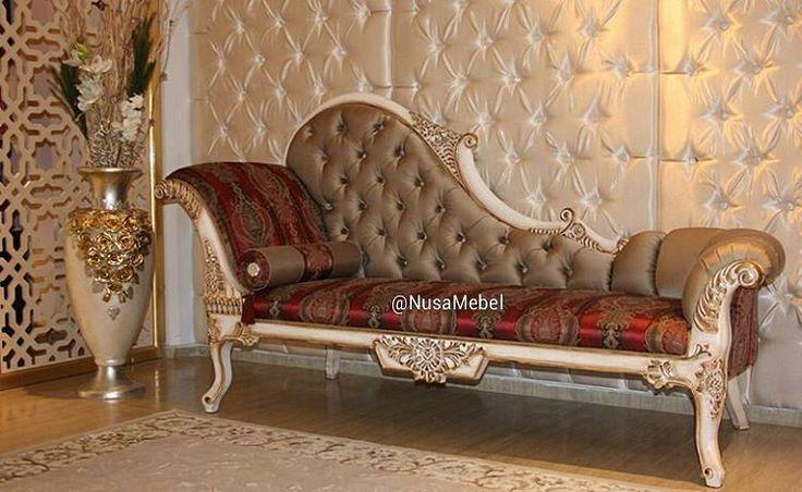 #Sofa #Lounger #Jepara Mewah Adyaksa by #NusaMebel  Lounger Sofa in Gold Gilded Finish and Red Fabric  PIN : 7658A033 Call WA : 081908021000 Inquiry : info@nusamebel.com Website : nusamebel.com  #Mebel #Meuble #MebelJepara #Furniture #FurnitureJepara #BaroqueSofa #Rumah #Home #Interior #KursiUkir #DesainRumah #WeddingSofa #SofaJepara #HomeDecor #HomeInterior #SofaJati #KursiJati #FurnitureDesign #FurnitureInterior #InteriorDesign #Etsy #SofaUkir #KursiJepara