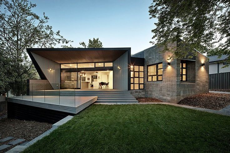 Designed by Adam Dettrick #Architects, this modern single family #house is situated in Canberra, Australia.