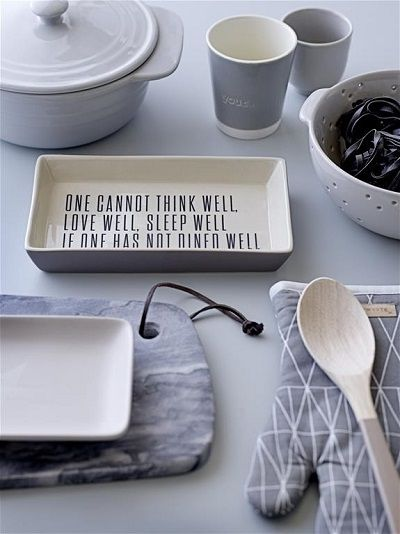 Ceramica rustica este ideala pentru o bucatarie mereu in tendinte! Descopera mai mult pe http://www.somproduct.ro/servirea-mesei #SomProduct #inspiring #comfort #home #kitchen #cooking #happy #living