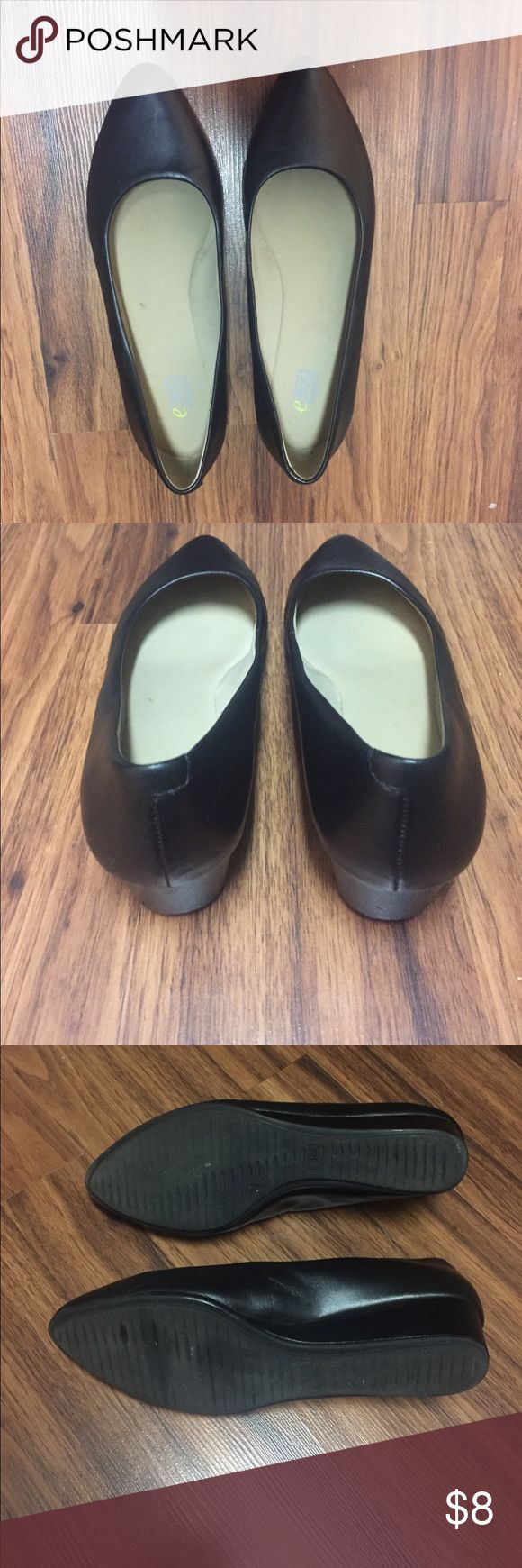 Easy Spirit e360 black wedge shoes Easy Spirit e360 black wedge shoes - leather upper size 6.5 Easy Spirit Shoes Wedges