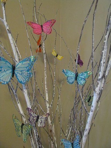 Butterfly centerpieces- to make a tree for the girls' room