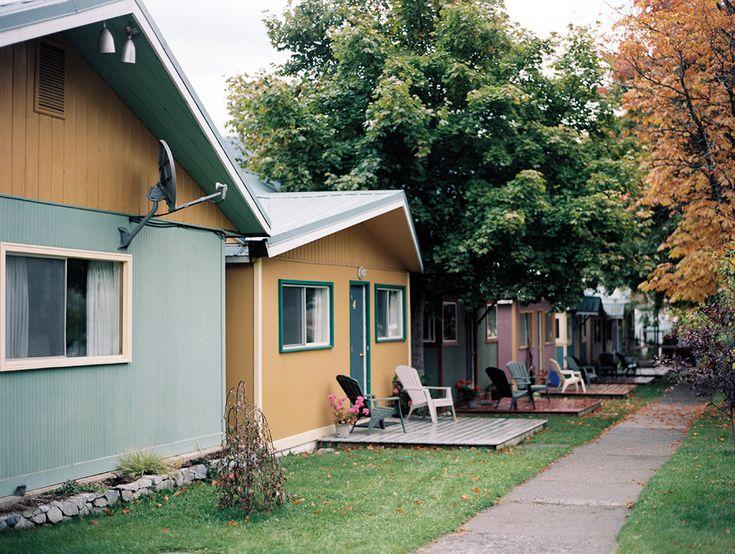 Kaslo Motel, Canada. Christian Ward. Contax 645, Fuji 400H