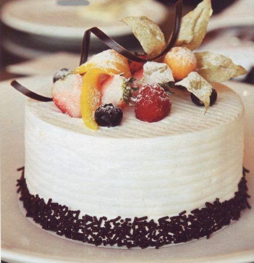 Рецепт торта-мороженого «Первый снег»