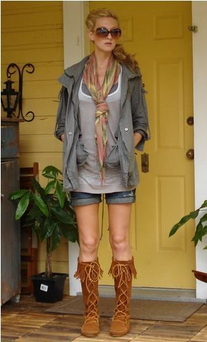 ミネトンカのブーツがかわいい♡カジュアルなおしゃれを楽しみたいタイプの女子必見のコーデ☆参考にしたいアメカジ系スタイル・ファッションのアイデア♪
