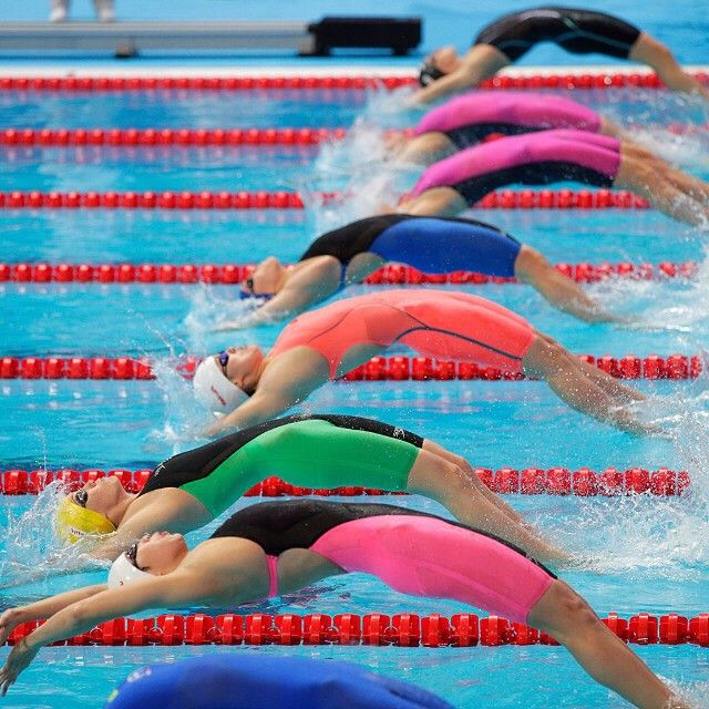 Speedo Fastskin lighting up the lanes in #Kazan2015! Lane 4 is on fire in the Limited Edition Siren #LZRRacerX ... #Swimming