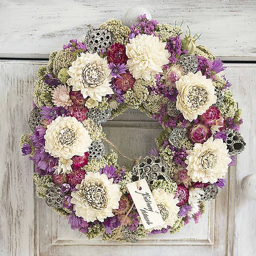 Natur decor, dry flowers wreath, whwite, pink, purple