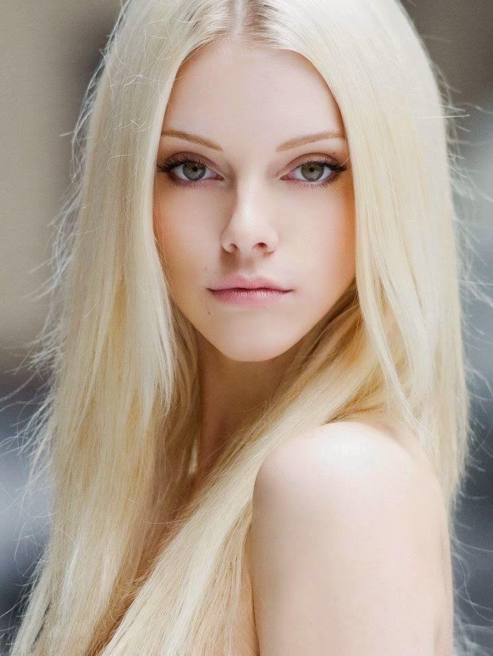 pale-blonde-girl-ftv-flashing-videos