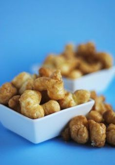 Addictive Caramel Corn Puffs ~ if you like that sweet / salty combo, then these addictive snacks are perfection