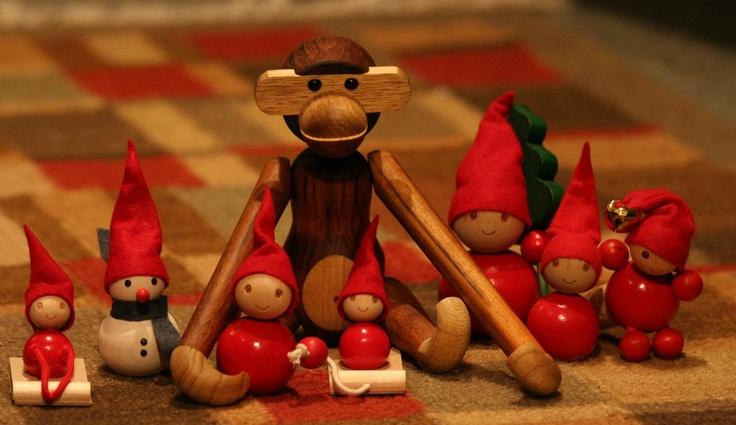 pientä mutta suurta: Monkey by Kaj Bojesen and elves by Aarikka