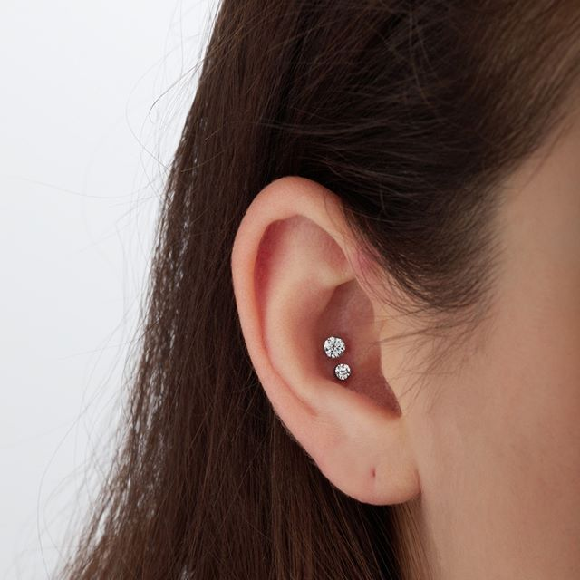 Invisible Set Diamond Threaded Stud || Shop this Instagram from @maria_tash || http://www.venusbymariatash.com/2mm-invisible-set-diamond-threaded-stud-helix.html?optionId=468