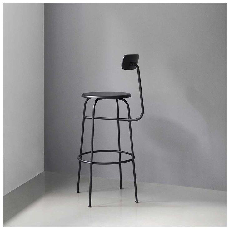 De #Afteroom #Barkruk is ontworpen door Afteroom Studio voor het designmerk Menu. Afteroom Studio laat met hun #multifunctionele kruk zien dat ze de kunst van ontwerpen tot in de puntjes beheersen. Afteroom is onderdeel van een serie meubelen die diverse stoelen en tafels bevat. - #MisterDesign