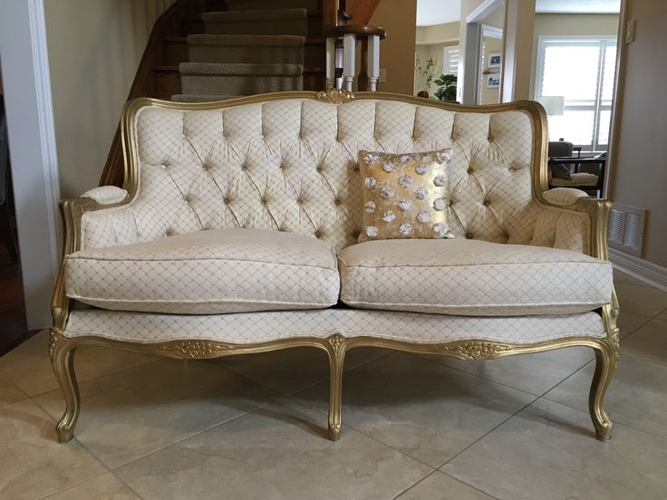 Our new French gold and ivory settee is perfect for photos or add other pieces to create a stunning French lounge.