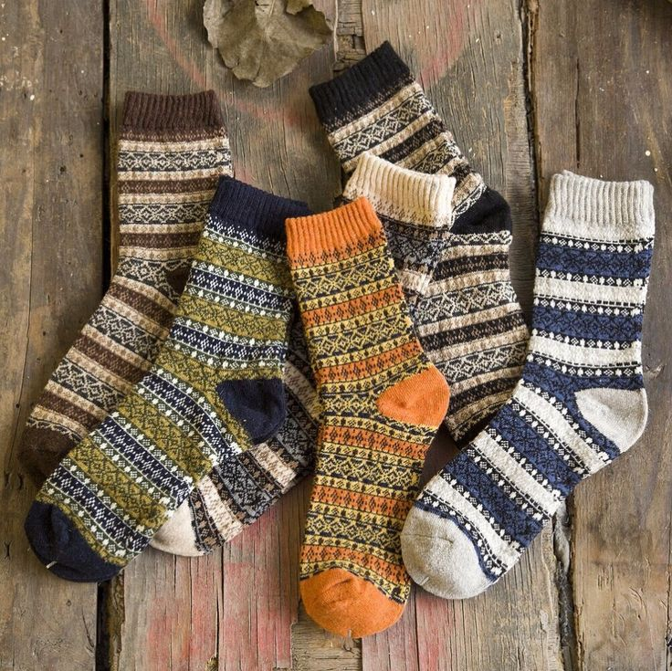 Fashion New Men wool socks Striped lattice Hit color business socks wild colorful Europe style thick warm casual winter socks
