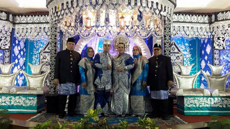 Minang wedding decorations