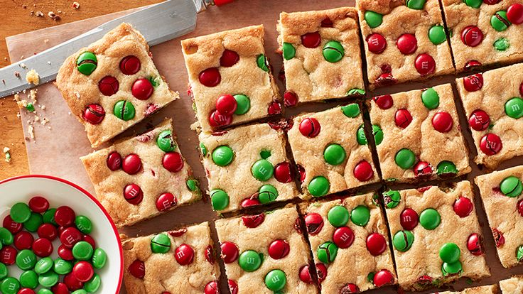 Betty Crocker Day 4 2016: Sugar Cookie M&M's Bars