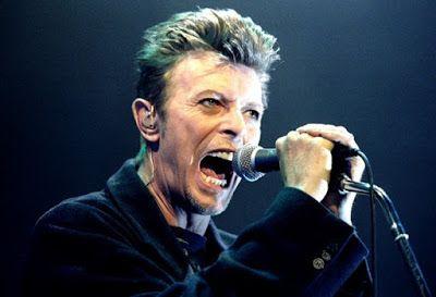 Daftar 10 Penyanyi Pria Terbaik Dunia Sepanjang Masa
