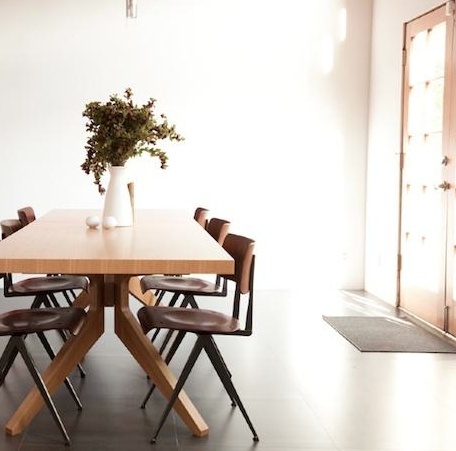 cross extending dining table by matthew hilton