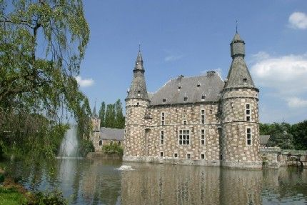 17 best images about castles of belgium the netherlands luxembourg on pinterest the - Tourist office luxembourg ...