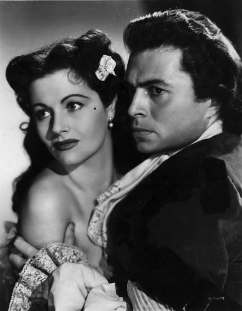 The Wicked Lady (1945): Margaret Lockwood and James Mason