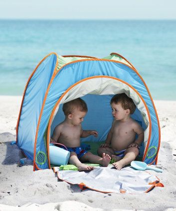 ELC UV Sun Tent. Great protection from the sun's harmful uv sun rays - can be used at the beach, in the garden or at the park.