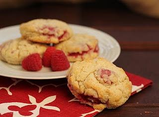 Raspberry Cream SconesRaspberries Cream, Raspberries Scones, Red Raspberries, Cream Scones, Sweets Treats, Food Fanaticmmmm, Perfect Scones, Fanaticmmmm Tasty, Scones Sweets