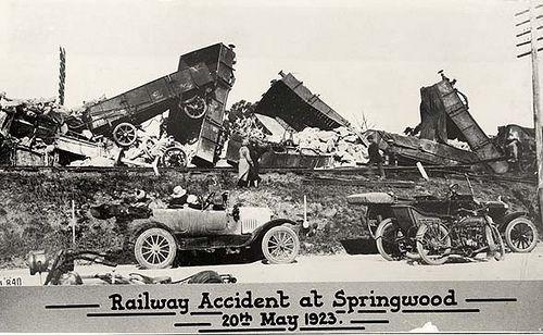 Derailment at Springwood Dated: 20/05/1923