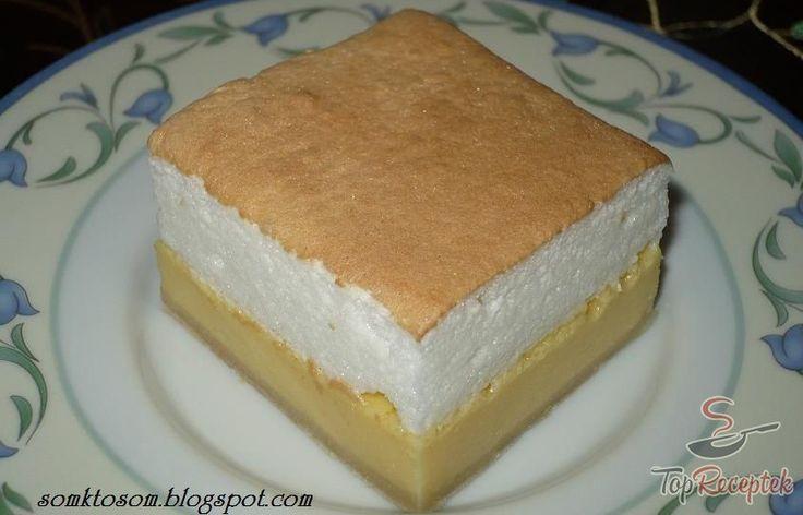Édesanyám tanulta ezt a receptet több mint 25 évvel azelőtt egy kolleganőjétől, azóta gyakran sütjük a családban. Ha még esetleg nem ismernék, ideje kipróbálni, csodálatos sütemény! Mivel a tésztája boltban vásárolt leveles tészta, az elkészítése sem bonyolult vagy megerőltető. A vaníliás-túrós krém valami mennyei, a tojásfehérjéből és porcukorból készült hab pedig könnyedséget kölcsönöz a fogásnak. Egy tepsi sosem elég, és nagyon gyorsan elfogy.