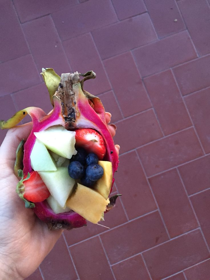 Pitaya with fruits✌️
